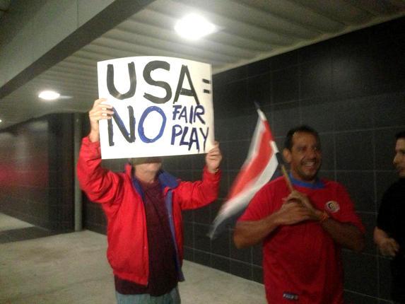 U.S.-Team-Arrival_newsfull_h