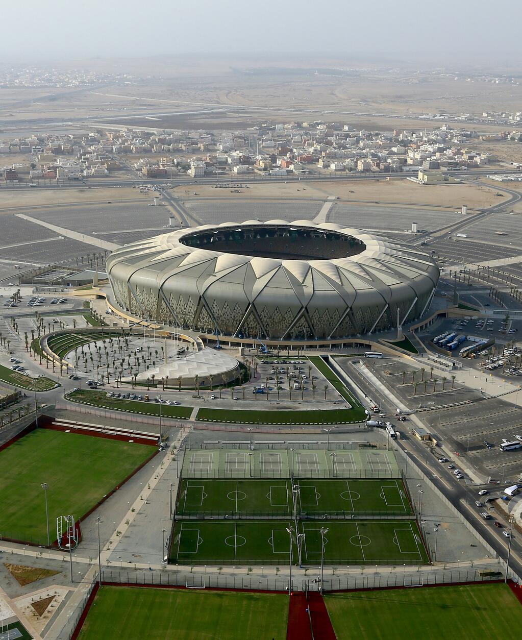 king_abdullah_stadium_jeddah01