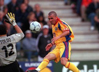 Hagi vs Italia 2000
